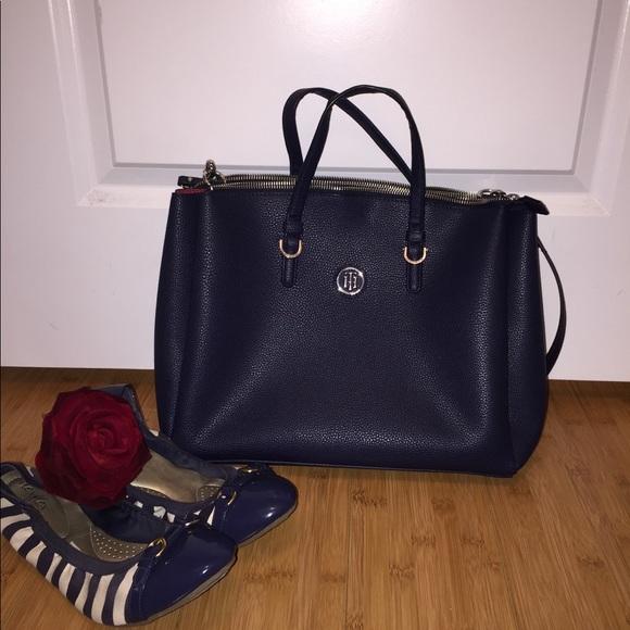 4067c60d4d3e30 Tommy Hilfiger Bags | Genuine Leather Bag | Poshmark